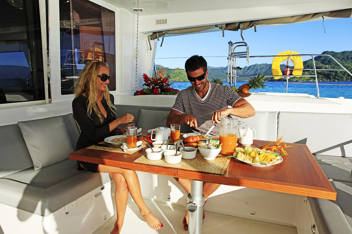 Tahiti_Yacht_Charter_03