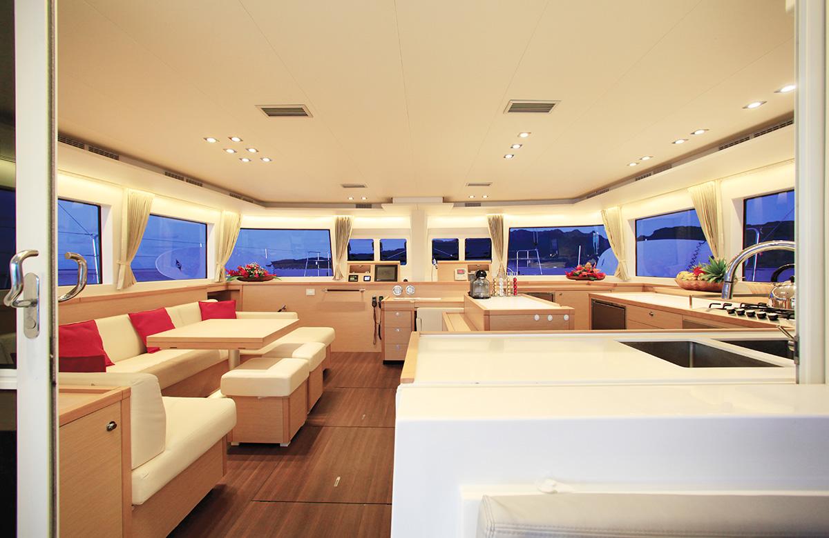 Tahiti_Yacht_Charter_21