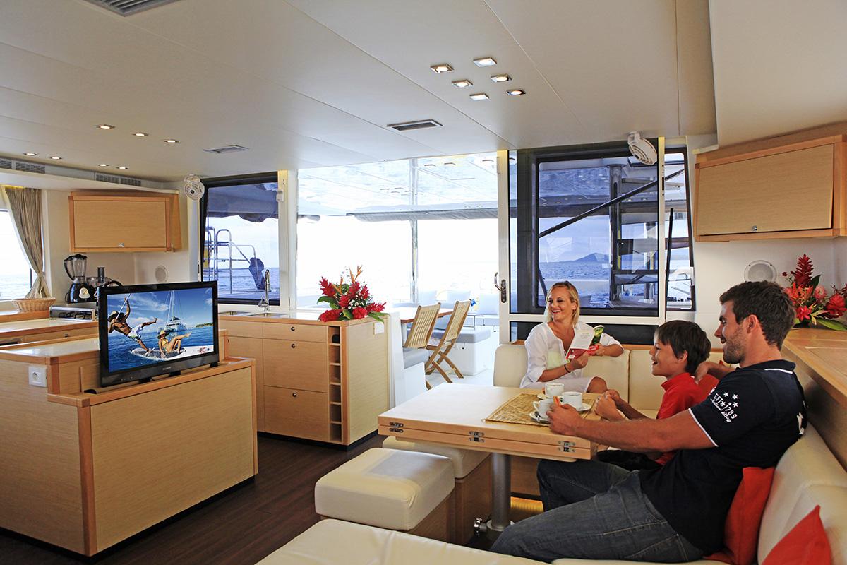 Tahiti_Yacht_Charter_38