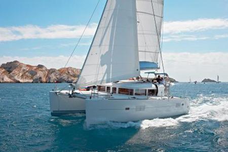 Catamarans_Lagoon_400_05
