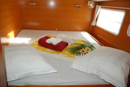 Catamarans_Lagoon_440_011