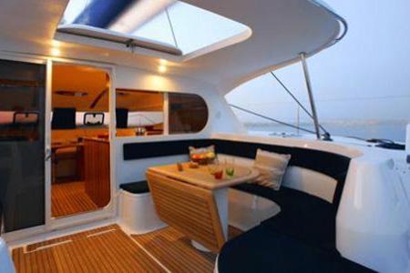 Catamarans_Nautitech_44_07