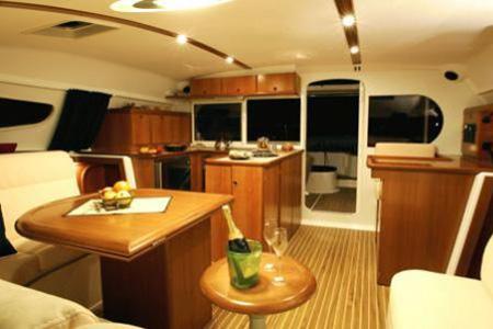Catamarans_Nautitech_44_08